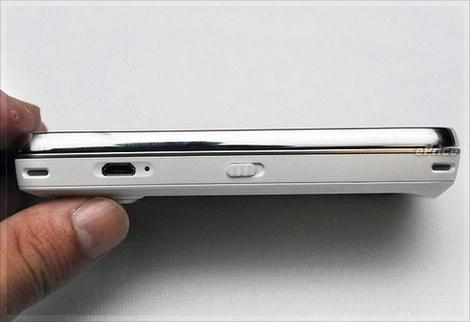 Белый Nokia N97 черный цвет