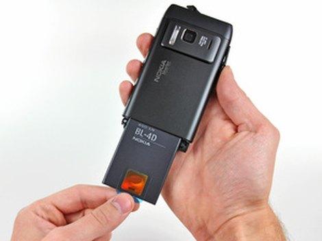 замена аккумулятора Nokia N8