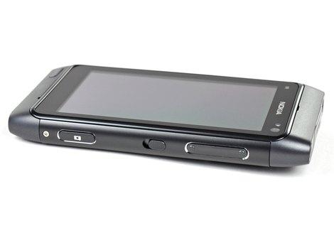 разборка Nokia N8, замена аккумулятора Nokia N8