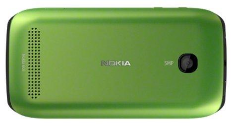 Nokia 603 зеленый